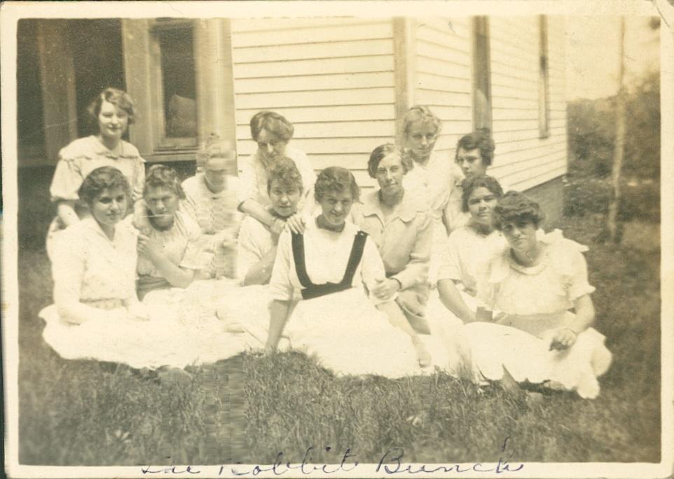 girls of 1914 in Douglas County NE